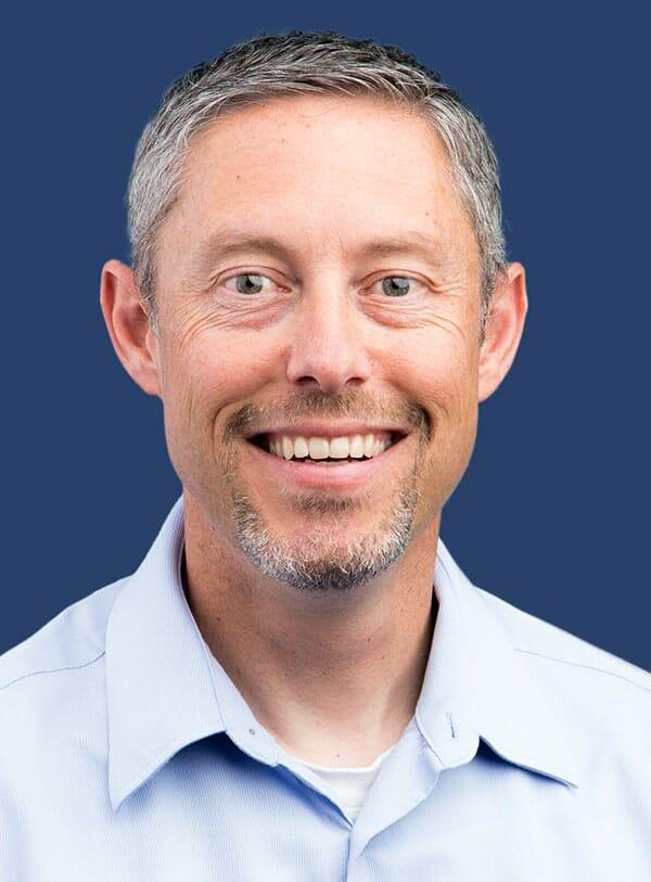 Dave Reed Headshot-min